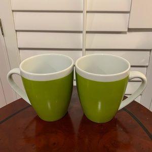 1 Crate Barrel Green Whte Coffee Tea Late Mug Cup